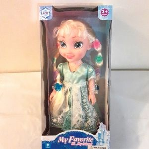 NWT Girls Musical Baby Doll Ages  3+